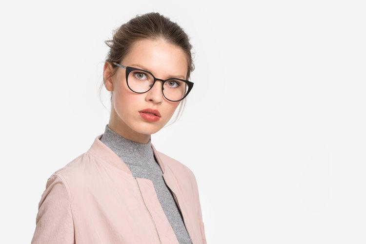 Durchsuchen Sie die neuesten Kollektionen klassischer Stil von 2019 günstig fielmann brillen - PEOPLE | LIQUID Photography